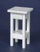 白色小邊桌