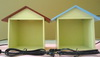 藍色屋頂+黃色燈箱